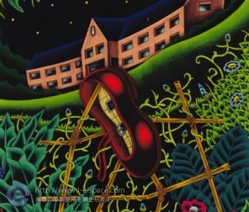 お屋敷の裏庭の紅い靴